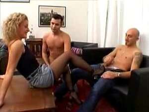 Ménage à Trois Loira DP Anal E Buceta Fisting Porn