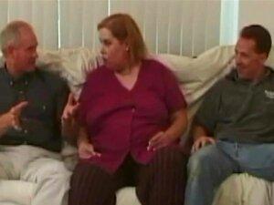 Ruiva BBW Beleza Gangbanged Por Três Homens Com Tesão Porn