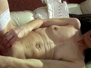 Dona De Casa Magrela Velha Enchendo Uma Grande Rosa Part6 Porn