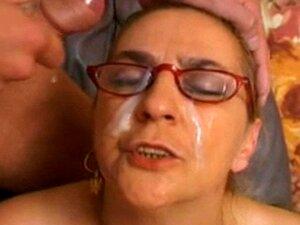 Boa Velha Vovó é Um Anjo Anal Facial! Porn