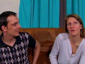 Um Verdadeiro Casal Alemão Amador De Vídeo De Sexo Caseiro. Este Casal Amador De Alemão é Um Visitante Frequente De Clubes De Swinger E Agora Eles Encontraram Sua Nova Fantasia; Fazendo Seu Próprio Vídeo Pornô! Porn