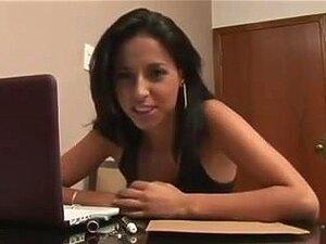Morena Belo Rabo, Porn