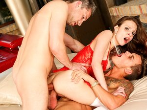 Mary Wet & Chris Diamond & Lutro & Rocco Siffredi In  Playing Doctor  Means Anal Threesome-RoccoSiffredi, Porn