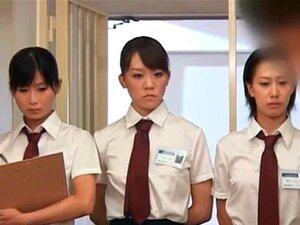 Gangbang De Cadeia Asiática Com Mulheres Polícia Esfregando Galos Difíceis Porn