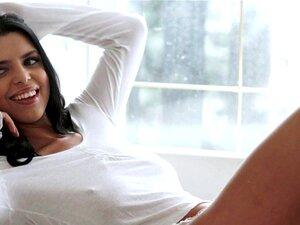 A Modelo Busty é Fodida E Gozada Na Boca. O Busty Model é Fodido E Gozado Na Boca Em Acção Eurosex. Porn
