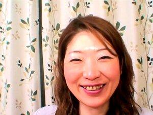 A Milf Japonesa Abre Pernas Para Um Grande Final De Creampie. Porn