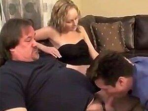GF Quer Assistir Bf Dar A Cabeça De Um Homem Velho Porn