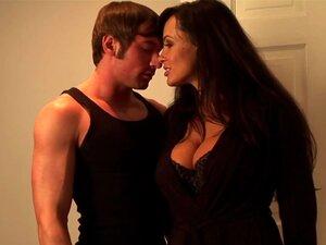 Lisa Ann Fode Jovem Garanhão Musculoso Porn