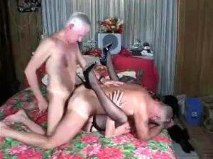Sexo Bissexual A Três Porn