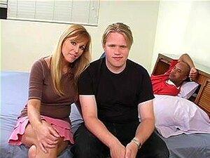 Corno, Uma Esposa Cuckolding Sua Cara Com Um Macho Negro Porn