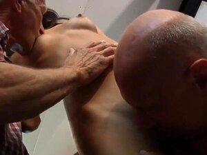 Aspen 3 Velhos Pervertidos E Uma Beleza Porn
