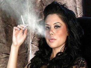 Fumando Fetiche Renae Cruz Em Dragginladies Porn