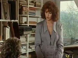 Secretária Prostituta Perfeita Simona Valli Porn