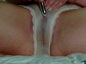 Encharcado De Calcinha Molhada E Buceta Com Contratantes E Pulsante Orgasmos Porn