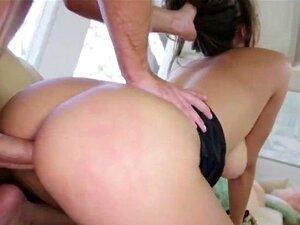 Maldito Polícia De Mamas De Uniforme. Porn