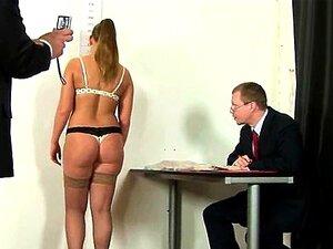Entrevista De Emprego Nua Para Aspirante A Secretária Porn