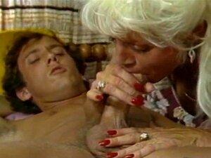 Tom Byron & Busty Retro MILF Porn