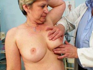 Com Luvas Dedos Examinar Buceta Velha Porn