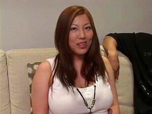 A Fabulosa Prostituta Japonesa Seri Ishiguro Com Mamas Enormes, Um Filme De JAV Em Estilo Canino. Porn