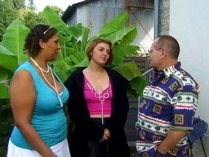 Une Grosse Martiniquaise, Mec Filho Et Une Jeune Lesbienne Loira Nous Offrent Une Petite Vid O Amatrice Fait Maison, Porn