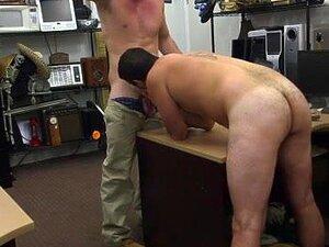 Ajuste Quente Urso Gay Gangbang Reta Companheiro Vai Gay Por Dinheiro Que Ele Precisa Porn