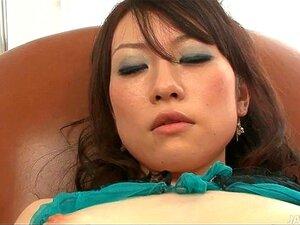 Ryo Kaede Joga Com Seu Bichano Em Arrastão Preta Calcinha Befo Porn