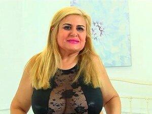 Milf Espanhol Musa Libertina Enche Sua Buceta Raspada Porn