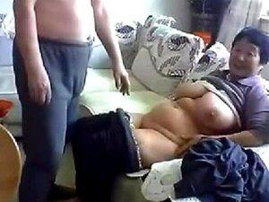 Casal De Velhos Chineses Ficam Nus E Fodem Na Câmera Porn