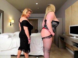 BBW Cougar Dildos Gorda Peituda Gata Sexy No Quarto De Hotel, Porn