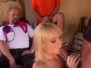 O Marido Vê A Mulher Loura Liz Black A Ser Fodida Pela Pila Grande Antes Da Cara. Porn