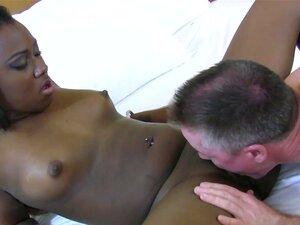 Cona Adolescente Negra Lambida, Chupando Adolescente Negro Lambe Cona Antes De Ser Recheada De Pau Duro Porn