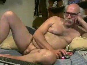 Avô Nu No Cam, Porn