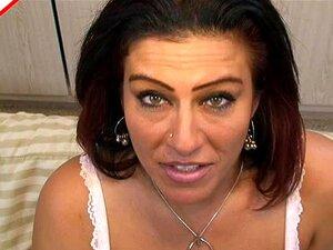 Olhos Lindos E Mamas Grandes Num Brochista Maduro, A Niana .  Porn