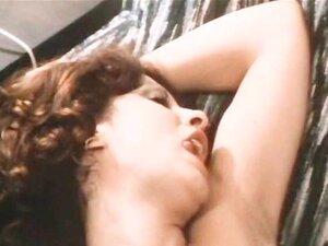 Lambendo Buceta Clássico Até Se Molhar Porn