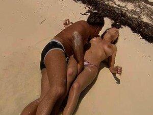 Gata Sexy Com Grandes Mamas Praia Sexo Oral Sex E Cum Porn