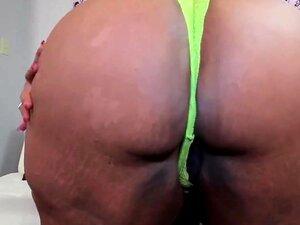 Ssbbw Moreno Leva Um Tratamento Facial, Delicioso Darksome Pornô Estrela Algodão Doce Não Pode Viver Sem A Droga Do Esperma Porn