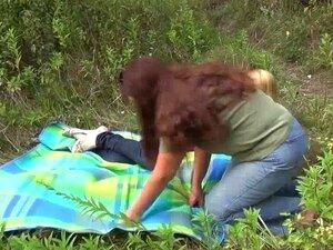 FunMovies Amador Lésbicas Maduras Foda Na Floresta Porn