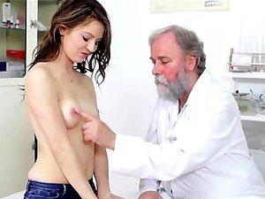 Doutor Pervertendo A Buceta Quente Cutie Teen Porn