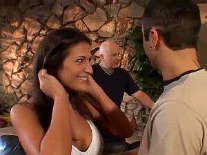 Austin Kinkaid Fica Com A Pila Na Frente Do Marido. Porn