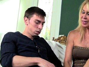 PlatinumPornstar Dois Homens E Três Mulheres Têm Orgia No Hotel Porn