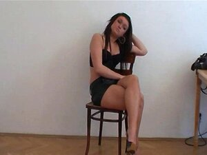 Fundição - Adolescente Selvagem Em Sua Primeira Entrevista De Hardcore Porn