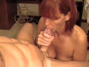 O Dever De Esposa, Esta Mulher Madura Cumpre O Seu Dever E Chupa O Esperma Do Seu Homem.  Tens De Respeitar Esposas Obedientes! Porn