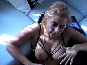 Cabelos Dourados Deepthroat Non-Professional E Facial Incrível Em Cena Do Filme De Sexo Caseiro, Amador Loira Deepthroat E Facial Incrível No Vídeo De Sexo Caseiro Porn