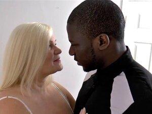 Mais Velha Avó Britânica Peituda Leva Creampie Do Galo Negro. Mais Velha Avó Britânica Peituda Leva Creampie Do Galo Negro Porn
