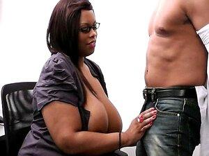 Chefe Casado Bate A Secretária Preta Gorda Porn