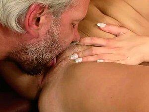 Velho é Louco Com Essa Buceta Deliciosa Porn