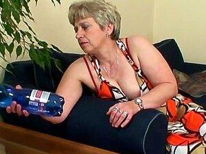 Cabra Velha Agrada Gostosa Jovem Garanhão Porn