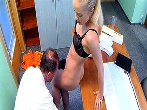Doutor Comeu A Mulher Quente De Chefes Porn