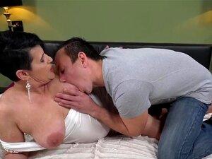Avozinha Gorda De Rabo Grande Porn