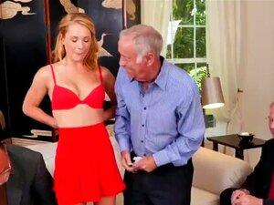 Examinando A Buceta Mais Apertada De Velhos Já Vi Porn